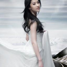 poppy Trang