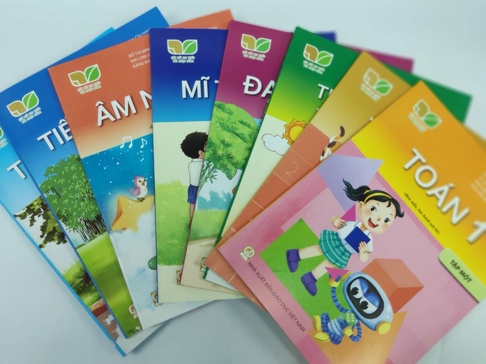Hỗ trợ học sinh học sách Kết nối tri thức với cuộc sống